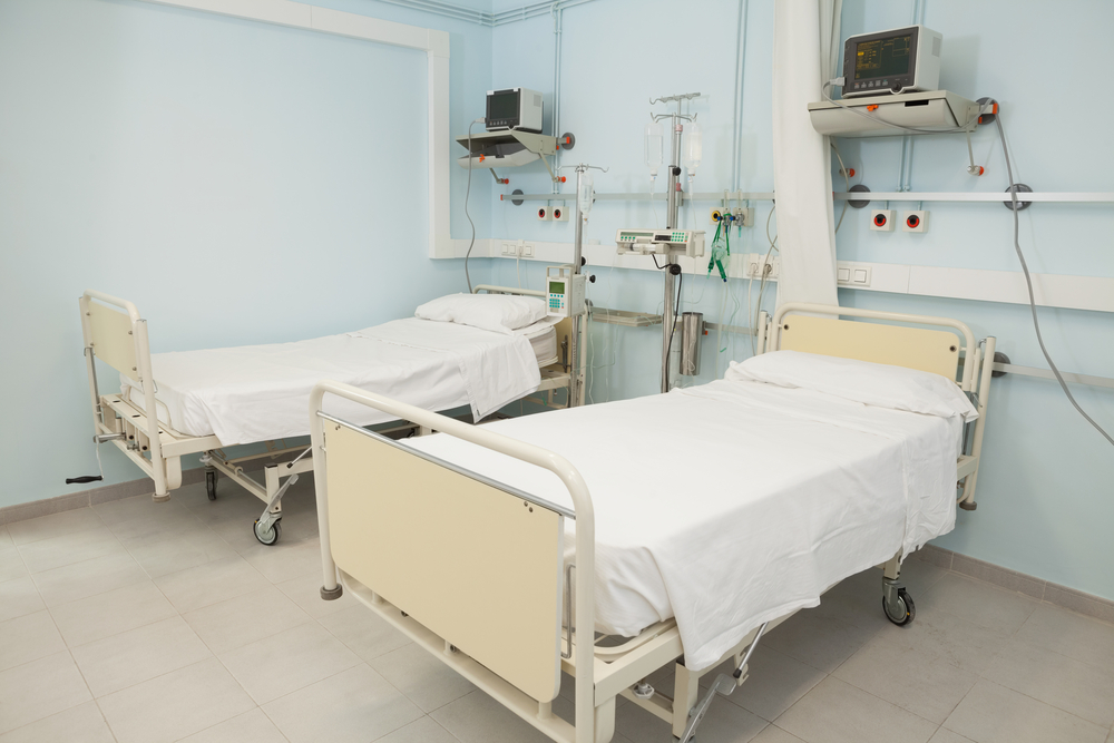 Empty bedroom in a hospital looking sterile